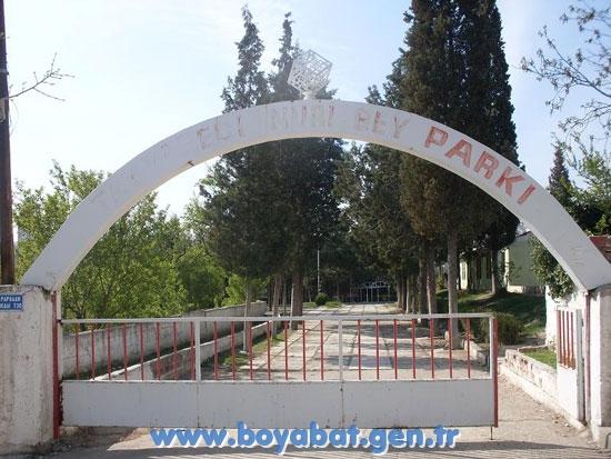 Teyyareci Nuri Bey Parkı Bakıma Muhtaç