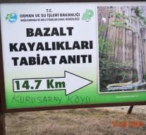 Boyabat Bazalt Kayalıkları Yolunda Çirkin Görüntüler