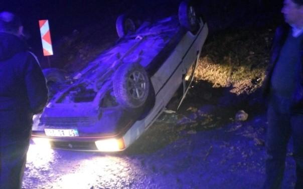 Son Dakika : Boyabat-Sinop Yolunda Otomobil Takla Attı, 1 Ağır Yaralı